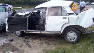 На трассе М-7 в Цивильском районе столкнулись две автомашины