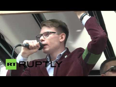 Poland: Far-right trample EU flag, demand 'Polexit'