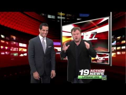 Frank Caliendo - John Madden, Robin Williams and George Bush impressions