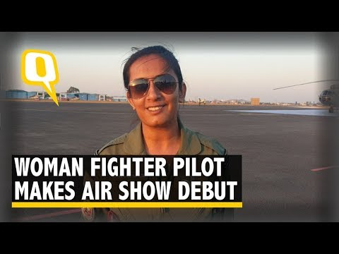 One of IAF's First Women Pilots Fly Hawk at Aero India 2019 | The Quint