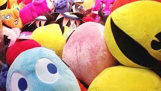 Claw Crane Game. Trying to get Pac-Man.