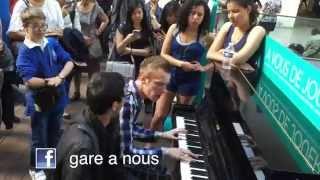 Gare à Nous - Piano Gare Saint Lazare