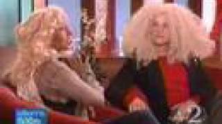 Baixar Christina Aguilera - gifts to Ellen DeGeneres