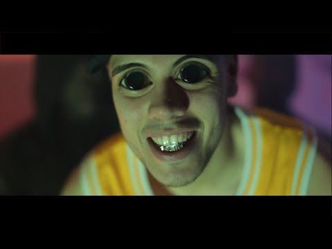 Rob Twizz - Looking At Me Funny (Official Music Video)