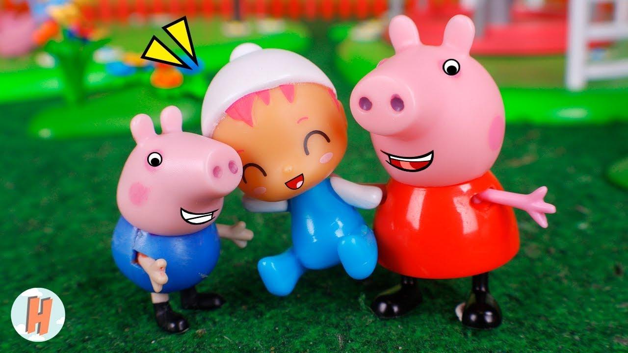 Peppa Pig Juguetes 🐷 Peppa y George cuidan a bebé 👶🍼