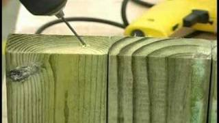 Building Wooden Garden Planters : Building Wooden Garden Planters: Side Piece Assembly