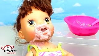 Baby Alive Messy Breakfast! Feeding and Diaper Change!