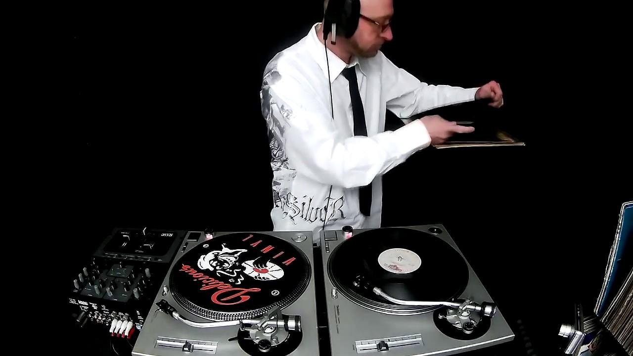 Dj ''S'' - 10 Minutes Of Disco - YouTube