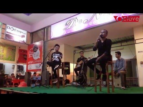 Naff - Jangan Letih Cover By Octave (Foodcourt De Nala Jombang)