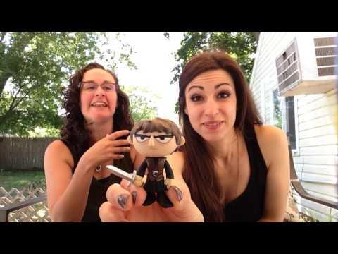 Strings and Moore: Episode 3- Bijooooo and GoT Spoiler (re upload)