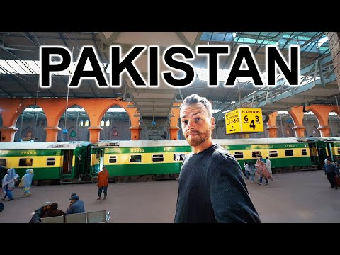 24 HOUR TRAIN IN PAKISTAN ���� (Extreme Travel Pakistan)