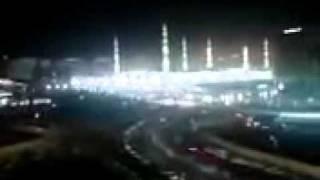Miracle In Madinah During Azan..SUBHANALLAH