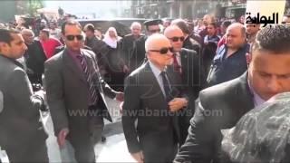 """""""نبيل العربي و نهال عنبر """"  في انتظار جثمان هيكل بـ مسجد الحسين"""