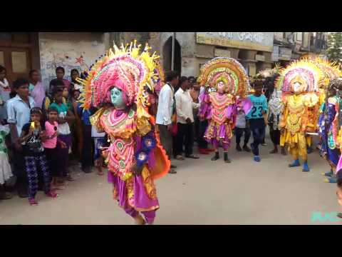 Chhau Dance of Purulia On Road Performance