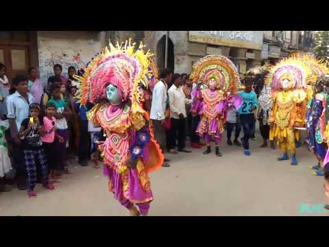 Chhau Dance of Purulia On Road Performance