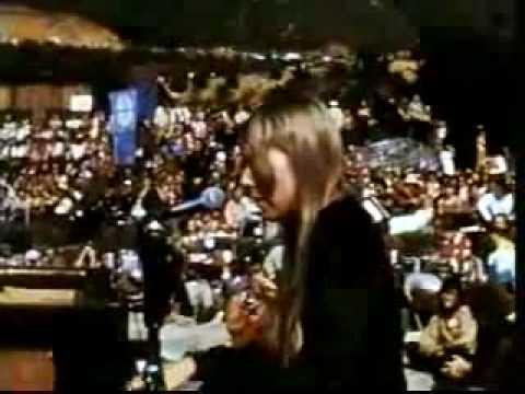 Joni Mitchell Woodstock 1969