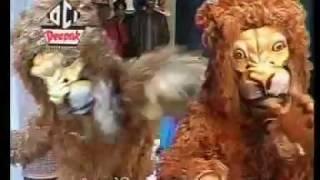 NACHE JO BABBAR SHER // नाचे जो बब्बर शेर रे मैया की मढिया में बज रई बधैया // देवी जस // मीरा पटेल