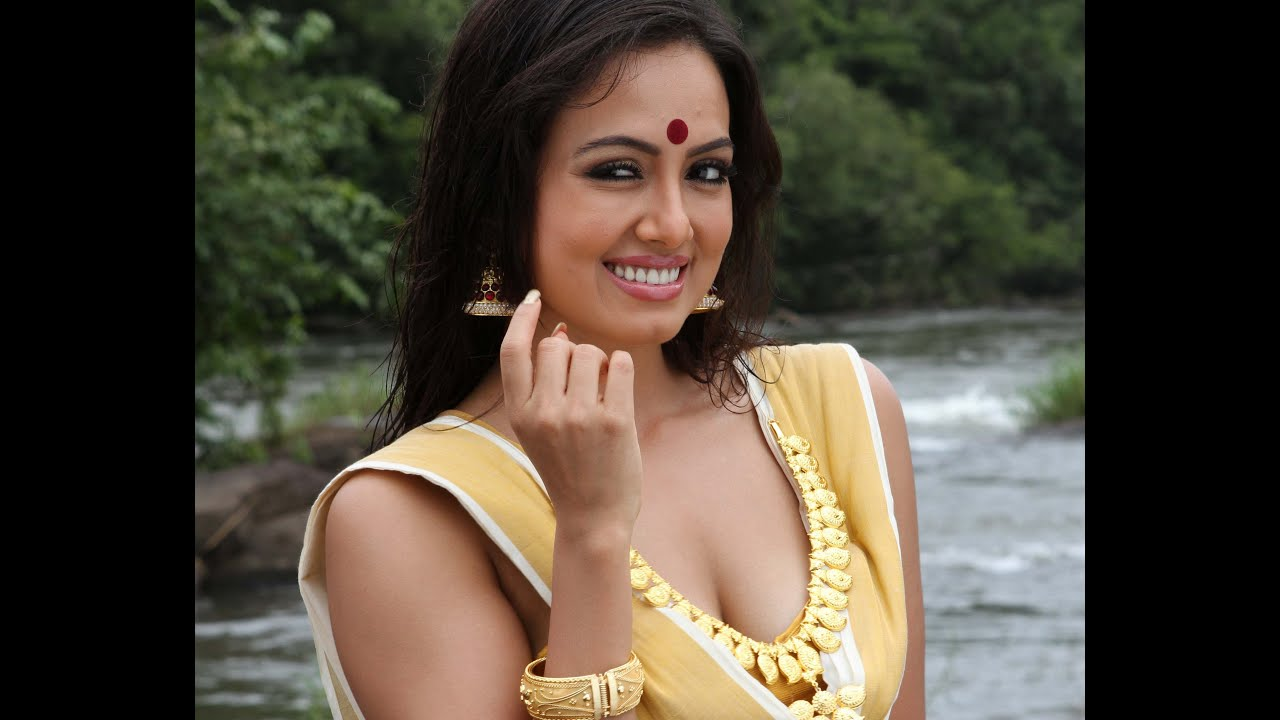 malayalam-nude-woman-picture