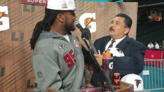 jonathan babineaux gets interviewed by guillermo rodriguez 2017
