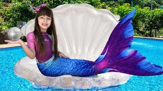 LAURINHA THE WATER MERMAID GIRL | Laurinha changes dresses and turns into mermaid