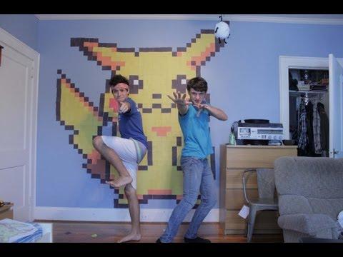 Post-It Art: Pikachu! - Time-Lapse