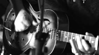 Dire Straits - Calling Elvis (Live) - John Illsley
