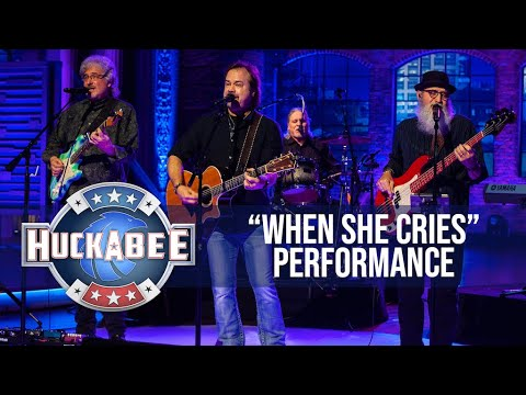 "Restless Heart Performs ""When She Cries"" 