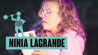 Ninia LaGrande – Fernsehjunkies