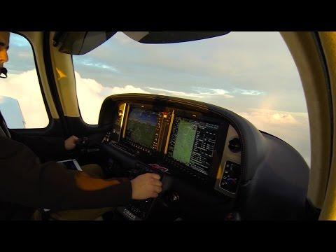 Cirrus SR22 G5 IFR Flight RNAV GPS Approach in IMC with ATC