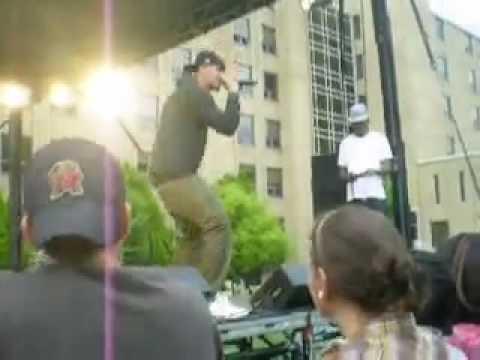 J.Cole- Dreams [Live] @ Xavier University Cincinnati