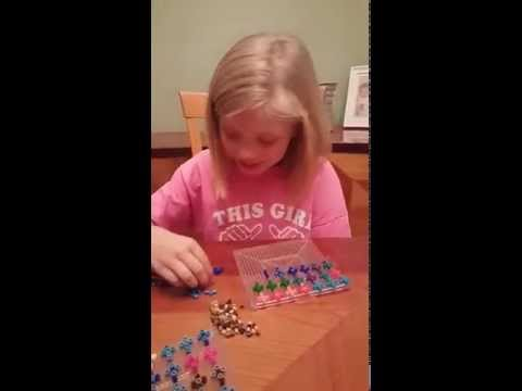 8-Year-Old Girl Makes Crosses For Police Officers to 'Spread God's Word And to Protect Others'