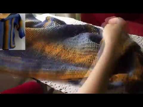 """Короткий жакет с филейной спинкой  (""""Short Jacket With Filet Crochet Back"""" .)"""