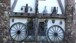 Pays Basque  lac et fermes traditionnelles Basques de Saint-Pée-sur-Nivelle