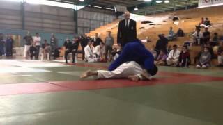 Sam Patrick (white) vs Shang Lin Chua (blue)