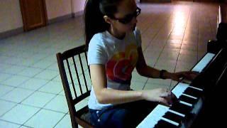 "Moskalets Oxana -   Yann Tiersen -OST ""Ameli"" - piano version"