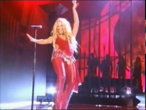 Shakira - Ojos Asi ao vivo Latin Grammy