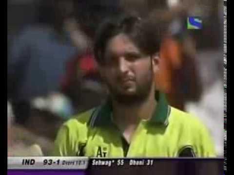 Virender Sehwag blasts Afridi!
