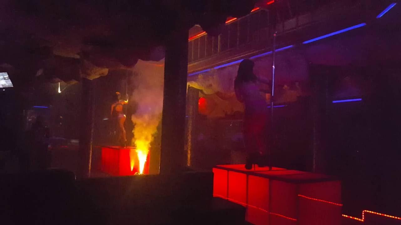 SUPER ATMOSFERE . i shtohen Staffit tone edhe 2 super Striptiste  profesiniste . NIGHT CLUB ALCATRAZ - YouTube