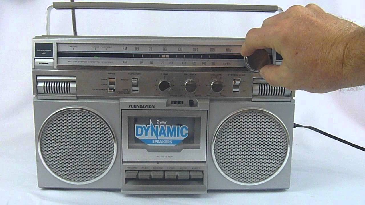 1982 Vintage Soundesign Boombox Model 4689 Part 2 - YouTube