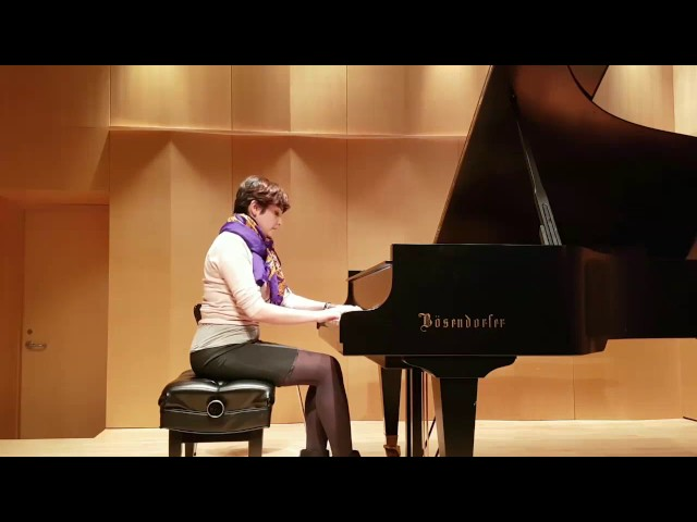 Shag joue une piece iranienne  | Studio de piano Tristan Lauber