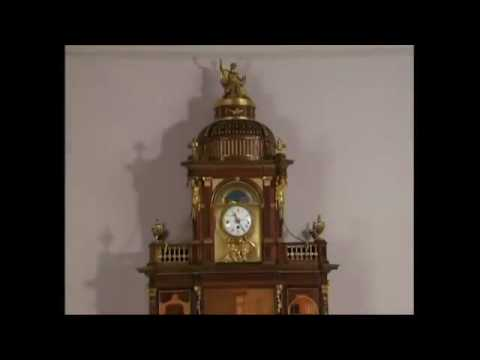 Just an amazing 200 years old secretary cabinet - YouTube