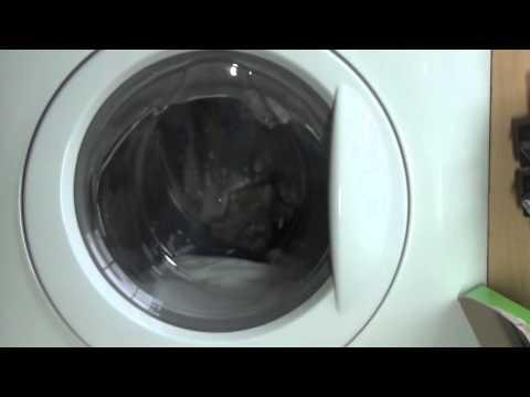 Zanussi Aquafall ZWHB7160 : Delicate 40'c : Main wash (1 of 5)