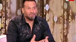 """بالفيديو.. ماجد المصري يتغزل في زوجته: """"الجمال العربي الأصيل"""""""