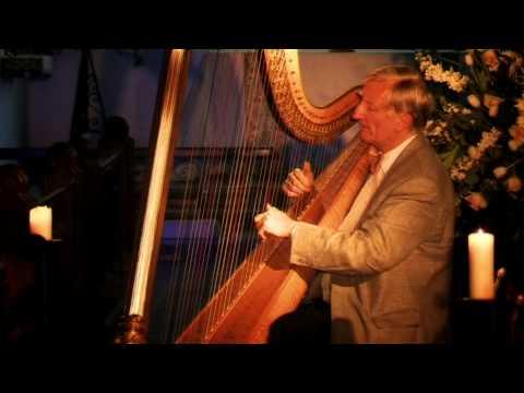 Sarabande on a Ground by William Croft. Harpist: David Watkins