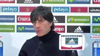 Joachim Löw lobt Ron-Robert Zieler, Shkodran Mustafi und Co. | Spanien - Deutschland 0:1