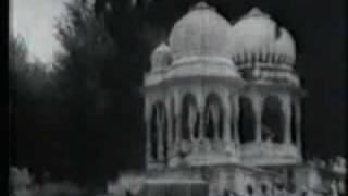 Karma (1933): Devika Rani at the Shiva temple: Excerpt 2