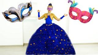 Polina va a una mascarada
