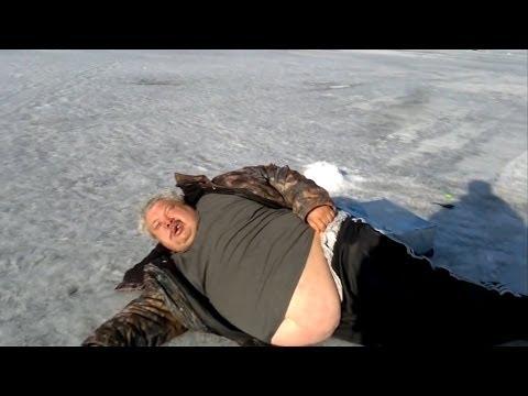 Приколы на рыбалке | Пьяные на рыбалке
