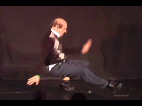 WTF an 90 year old man breakdancing like that!?!?