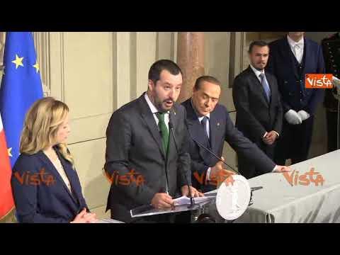 Berlusconi show al Quirinale: introduce Salvini, fa la conta e si prende l'ultima parola